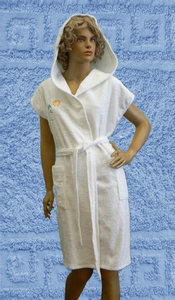 Халат укороченный женский с капюшоном, с односторонней махрой