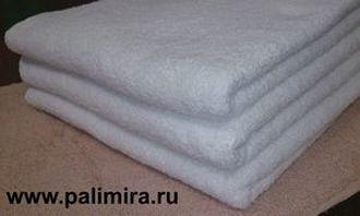 Белые полотенца размером 70х140, 50х100 и 50х70