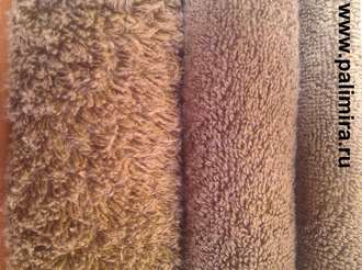 Пушистые полотенца различных цветов